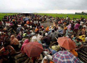 آلاف الروهينغيا يفرون خوفًا من إعادتهم قسرًا إلى ميانمار