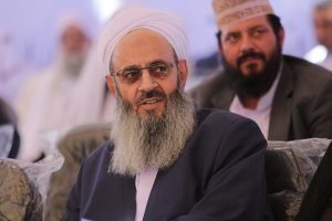 نواب في البرلمان الإيراني يطالبون برفع حظر السفر عن فضيلة الشيخ عبدالحميد
