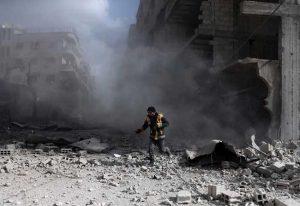 مسعفون في الغوطة الشرقية: القصف لا يهدأ لفترة تكفي لإحصاء الجثث