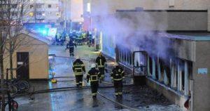 استياء مسلمي السويد بعد حرق مسجد في شهر رمضان