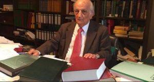 """وفاة المؤرخ الشهير """"فؤاد سزكين"""".. رائد تاريخ العلوم العربية والإسلامية"""