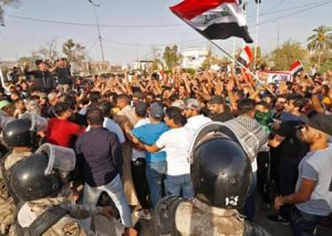 احتجاجات العراق: العبادي يضع قوات الجيش والأمن في حالة تأهب قصوى