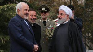 الرئيس الإيراني حسن روحاني يرفض استقالة وزير الخارجية محمد جواد ظريف