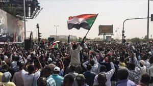 """""""العسكري السوداني"""" و""""الحرية والتغيير"""" يتفقان على كامل هياكل السلطة بالفترة الانتقالية"""