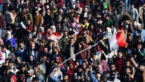 العراق.. ارتفاع إصابات المتظاهرين بالناصرية إلى 70