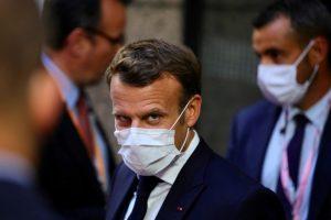 تواصل الإدانات لتصريحات ماكرون المعادية للإسلام وتحركات شعبية لمقاطعة المنتجات الفرنسية
