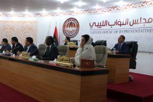 الحكومة الليبية الجديدة تؤدي اليمين أمام مجلس النواب بطبرق