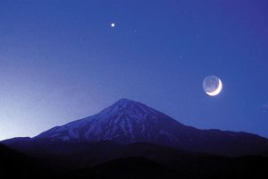 شعر؛ روچگِ ماه