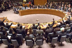 Syria: UN starts new talks as cease fire holds