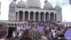 Hui Muslims try to block China mosque demolition