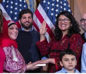 US: Rashida Tlaib sworn in wearing Palestinian dress