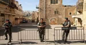 22,000 Israeli settlers storm Ibrahimi Mosque for Passover