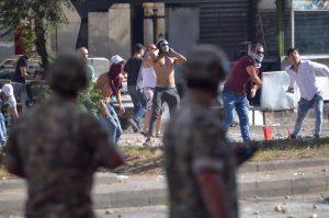 Fresh Lebanon protests over spiralling economic crisis