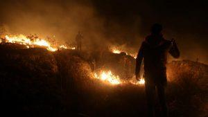 Israel launches air attacks at Hezbollah posts on Lebanon border