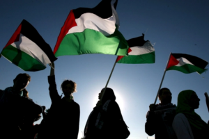 Palestinian factions begin talks on elections in Cairo