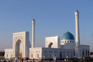 پخش اذان از بلندگوی مساجد در ازبکستان آزاد شد