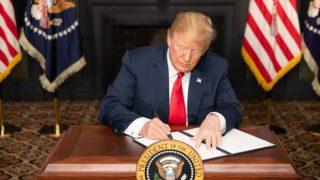 بازگشت تحریمها علیه ایران/ روحانی: تحریمهای آمریکا علیه ملت ایران است