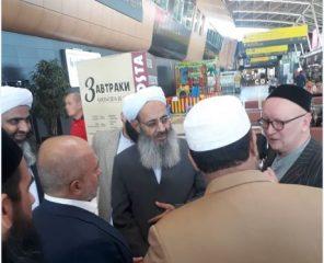 مولانا عبدالحمید وارد جمهوری تاتارستان شدند