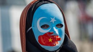 تحریم دهها شرکت و سازمان چینی به علت بدرفتاری با مسلمانان اویغور