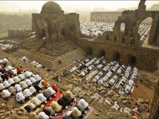 سنگ بنای ساخت معبد هندوها بر ویرانههای مسجد «بابری»