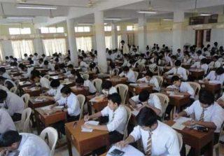 حذف امتحانات پایان سال در برخی مدارس پاکستان