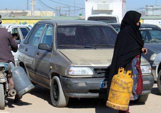 فصل سرما و صفهای طولانی مردم استان برای سیلندر گاز