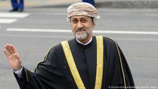 رسیدگی پادشاه عمان به خواستههای معترضان
