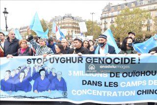 تُرکهای اویغور در فرانسه علیه چین تظاهرات کردند