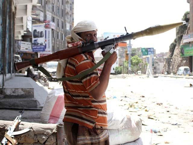 سعودی فورسز اور حوثی باغیوں میں جھڑپیں، درجنوں افراد ہلاک