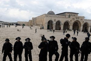 مسجد اقصیٰ میں اسرائیلی فورسز کی فائرنگ، 3 فلسطینی جاں بحق