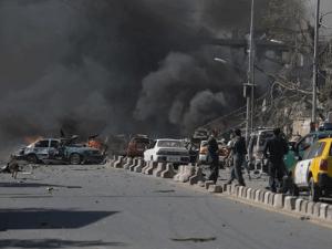 افغانستان میں 4 دھماکے، طلبا اور صحافیوں سمیت 50 افراد جاں بحق