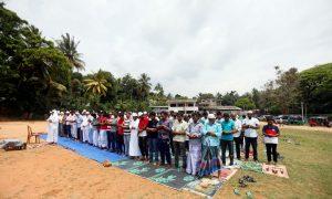 سری لنکا: مسلمانوں نے نماز جمعہ فوج کی سکیورٹی میں ادا کی