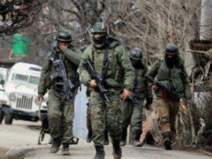 مقبوضہ کشمیر میں بھارتی فوج کی فائرنگ، یونیورسٹی پروفیسر سمیت 10 کشمیری شہید