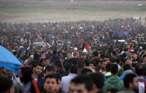 غزہ: ہفتہ وار مظاہرے، اسرائیلی فائرنگ سے فلسطینی بچہ شہید 41 زخمی