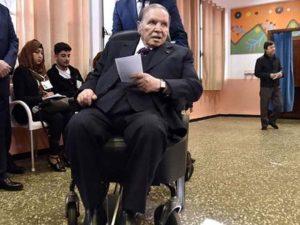 الجزائر میں دو دہائیوں سے صدارت کے عہدے پر براجمان بُو تفلیقہ مستعفی