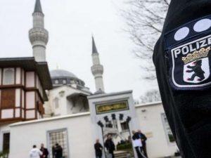 جرمنی میں 3 مساجد کو بم سے اُڑانے کی دھمکیوں کے بعد خالی کروالیا گیا