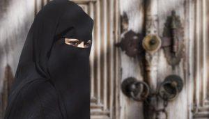 اترپردیش: برقعہ پہننے والی طالبات کے داخلے پر پابندی