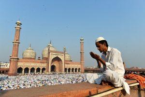 چار ایسے اعمال جو اسلام قبول کرنے کا ذریعہ بن رہے ہیں