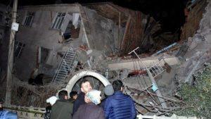 ترکی میں زلزلہ، ہلاکتیں 18 ہو گئیں، 550 زخمی