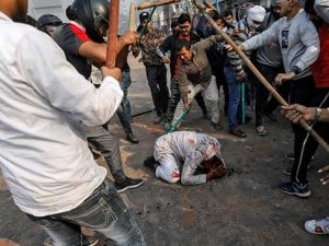 دلی جل گئی؛ مسلم کش فسادات میں 7 افراد جاں بحق