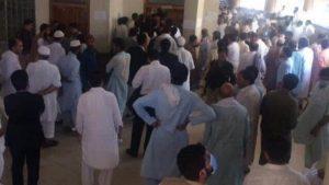 توہین رسالت کے ملزم کو پشاور میں جج کے سامنے گولی مار کر ہلاک کر دیا گیا
