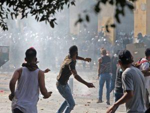 لبنانی حکومت مظاہروں کے سامنے نہ ٹھہر سکی، کابینہ مستعفی ہوگئی