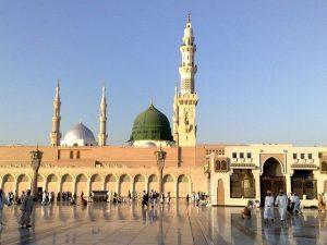 عمرہ کیلیے اب بیرون ملک سے بھی معتمرین کو آنے کی اجازت ہوگی، سعودی عرب