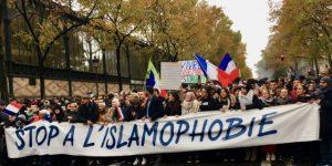 گستاخانہ خاکوں اور فرانسیسی صدر کے اسلام مخالف بیان پر مسلم دنیا سراپا احتجاج