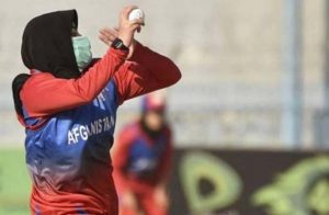افغانستان میں ویمن کرکٹ سمیت خواتین کے کھیلوں پر پابندی نہیں، طالبان