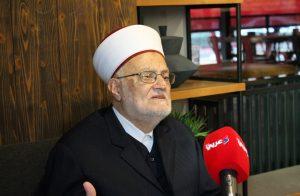 الاحتلال الإسرائيلي يمنع الشيخ عكرمة صبري من السفر