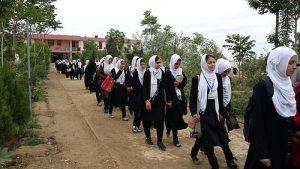 Girls will return to school soon, Taliban promise