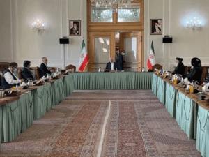 افغان حکومت اور طالبان کے درمیان افغانستان میں پرامن سیاسی حل پراتفاق